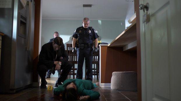 Zwei junge Mütter werden in einem Haus in der Vorstadt ermordet. Der Fall ste...