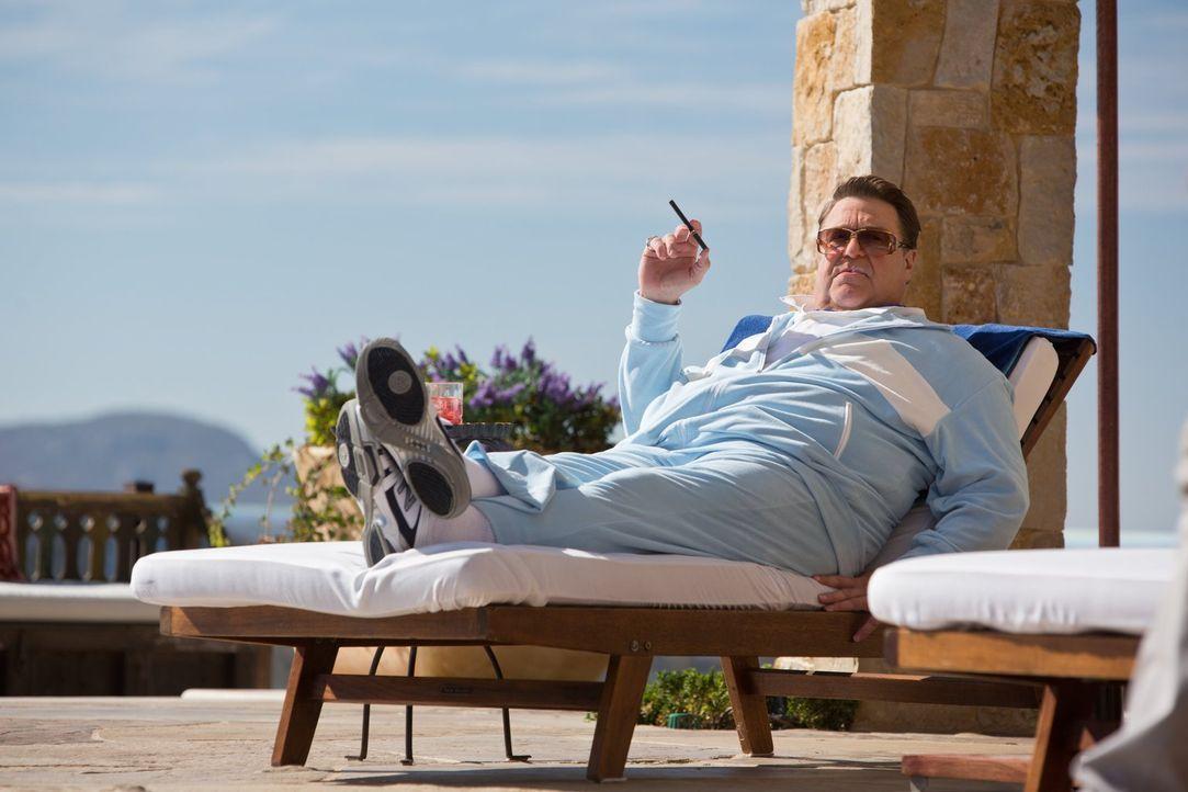 Kennt kein Pardon, wenn es um sein Eigentum geht: Marshall (John Goodman) ... - Bildquelle: 2013 Warner Brothers