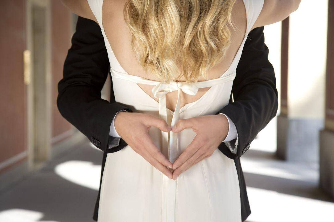 """Hochzeit auf den ersten, Liebe auf den zweiten Blick? SAT.1 besucht ehemalige Kandidaten in """"Hochzeit auf den ersten Blick: Tatsächlich Liebe?!"""" und... - Bildquelle: SAT.1"""