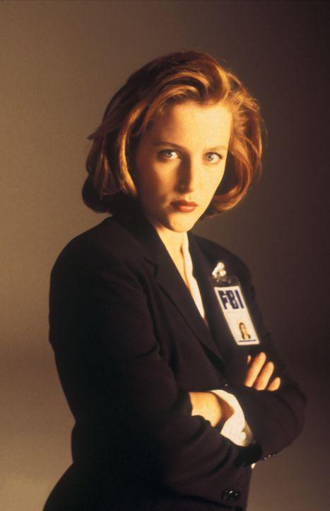 (3. Staffel) - Die FBI-Agentin Dana Scully (Gillian Anderson) erforscht außergewöhnliche Phänomene. - Bildquelle: TM +   2000 Twentieth Century Fox Film Corporation. All Rights Reserved.