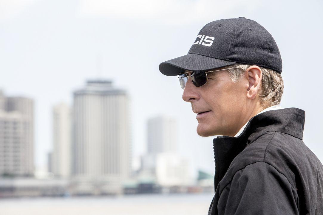 Pride (Scott Bakula) und sein Team müssen einen neuen Fall aufdecken ... - Bildquelle: Skip Bolen 2015 CBS Broadcasting, Inc. All Rights Reserved