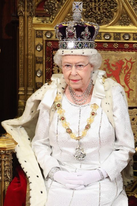 House of Lords: Queen Elizabeth II - Bildquelle: Oli Scarff INFINITY VIDEO LTD