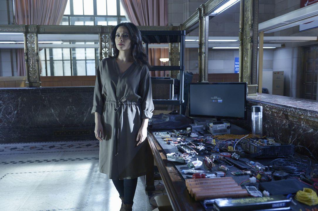Wird Nimah (Yasmine Al Massri) Alex vertrauen und ihr bei der Suche nach dem wahren Täter behilflich sein? - Bildquelle: Philippe Bosse 2015 ABC Studios