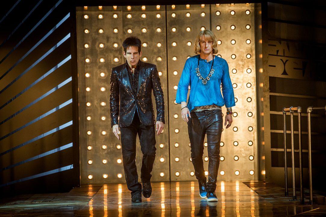 Seit zehn Jahren haben sich Derek (Ben Stiller, l.) und Hansel (Owen Wilson, r.) bereits aus dem Modebusiness zurückgezogen, doch als VIPs ermordet... - Bildquelle: 2016 Paramount Pictures