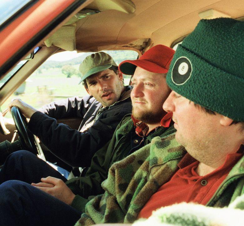 An jedem Wochenende machen sich die Freunde Lotto (Eric Bana, l.), Wookie (Stephen Curry, M.) und Sue (Dave O'Neil, r.) auf die Schatzsuche - allerd... - Bildquelle: Overseas FilmGroup