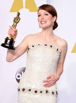 Oscars-Julianne-Moore-15-02-22-dpa - Bildquelle: dpa