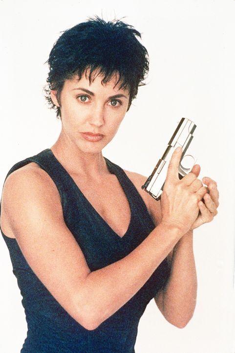 Als Terroristen einen äußerst perfiden Plan umsetzen wollen, gerät Kam (Bobbie Phillips). In einen selbstmörderischen Wettlauf mit der Zeit ... - Bildquelle: United Paramount Network