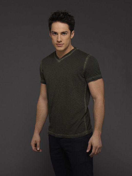 (6. Staffel) - Taylor (Michael Trevino) muss immer wieder mit sich selber ringen und versucht gleichzeitig eine besondere Frau von sich zu überzeuge... - Bildquelle: Warner Bros. Entertainment, Inc