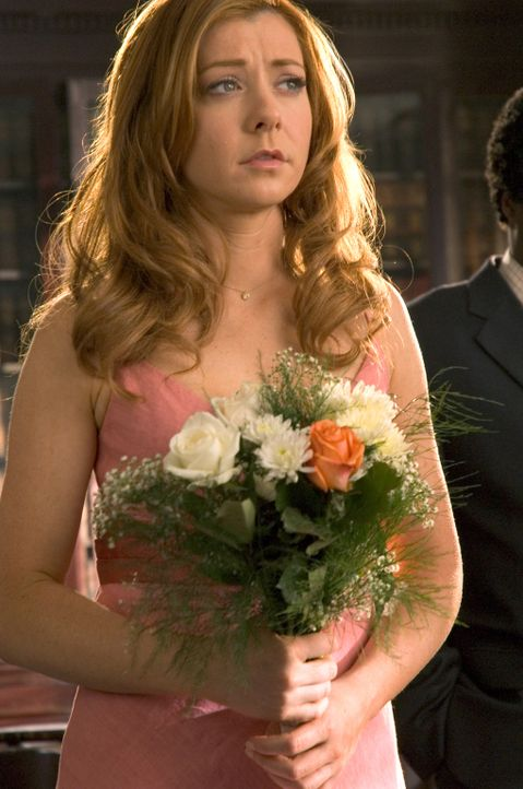 Dummerweise verliebt sich Julia (Alyson Hannigan) in den arroganten Moderator Grant Funkyerdoder, der nicht nur eine schreckliche Familie hat, sonde... - Bildquelle: Epsilon Motion Pictures