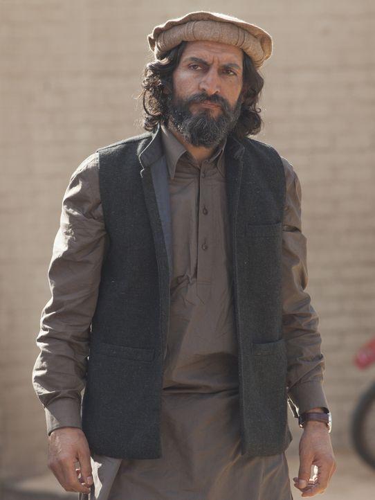 Carrie versucht alles, um Haissam Haqqani (Numan Acar) zu fassen. Doch mit Saul in seiner Gewalt ist es keine leichte Aufgabe ... - Bildquelle: Homeland   2014 Twentieth Century Fox Film Corporation
