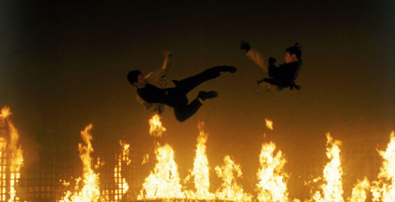 Im Bandenkrieg zwischen einem chinesischen und einem schwarzen Klan geht's heiß her ... - Bildquelle: Warner Bros. Pictures