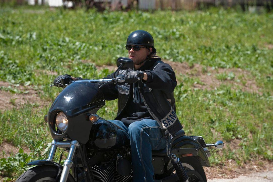 Wird Jax (Charlie Hunnam) seinen Sohn Abel bald wieder in die Arme schließen können? - Bildquelle: 2010 FX Networks, LLC. All rights reserved.