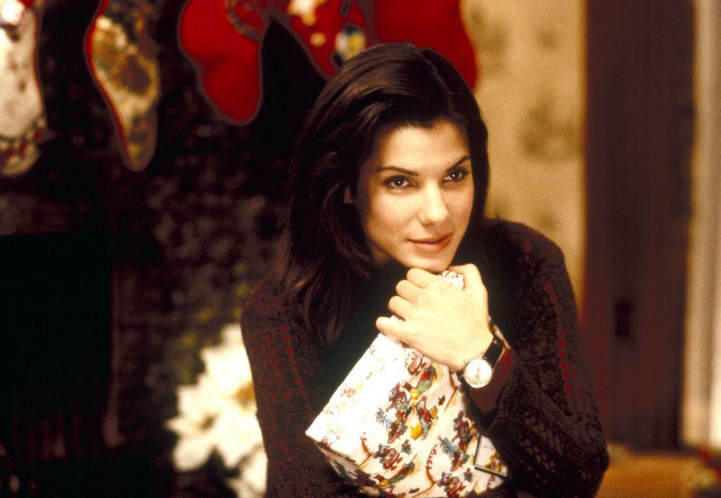 Obwohl sie nett, charmant und gut aussehend ist, hat Lucy Moderatz (Sandra Bullock) noch nicht den Mann fürs Leben gefunden. Zwar gibt es da ein Obj... - Bildquelle: Michael P. Weinstein Hollywood Pictures. All Rights Reserved.