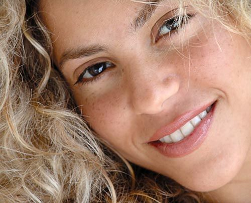 Galerie Shakira | Frühstücksfernsehen | Ratgeber & Magazine - Bildquelle: Antonio De La Rua - Sony BMG