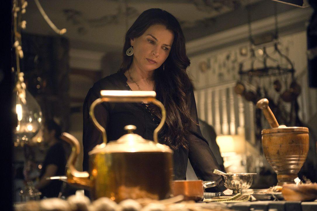 Noch ahnt Joanna (Julia Ormond) nicht, welche Opfer sie bei der Jagd nach dem Mandragora bringen muss ... - Bildquelle: 2014 Twentieth Century Fox Film Corporation. All rights reserved.