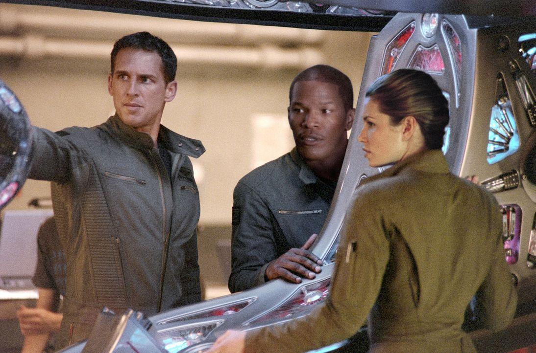Die Navy-Piloten (v.l.n.r.) Ben Gannon (Josh Lucas), Henry Purcell (Jamie Foxx) und Kara Wade (Jessica Biel) sind die besten der Besten und als Team... - Bildquelle: 2005 Columbia Pictures Industries, Inc. All Rights Reserved.