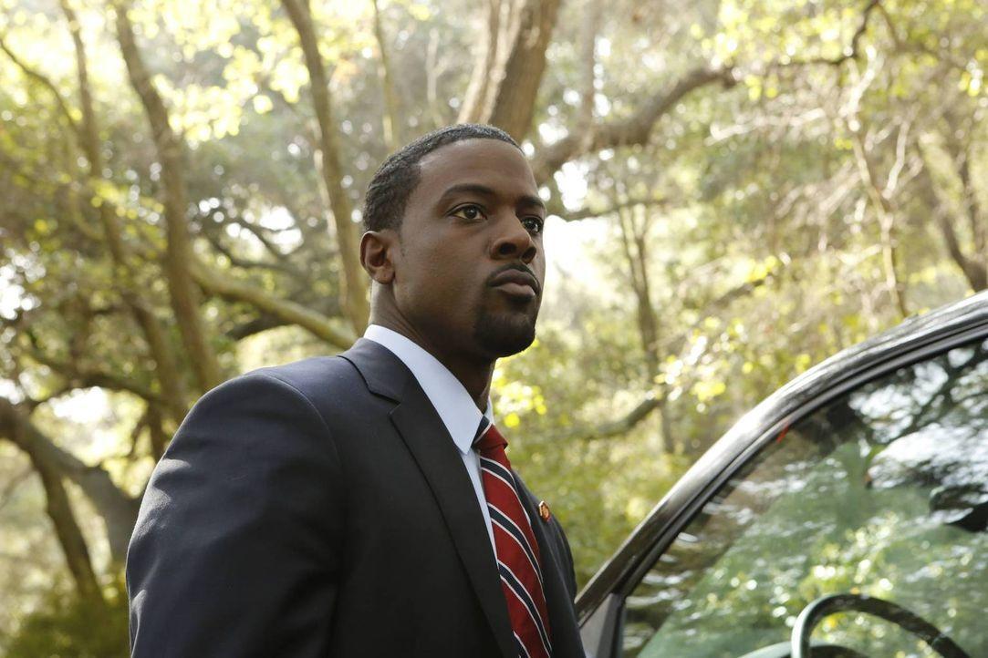 Sein erster Arbeitstag sollte eigentlich ein Routine-Einsatz werden, doch dann kommt für Secret Service-Agent Marcus Finley (Lance Gross) alles ganz... - Bildquelle: 2013-2014 NBC Universal Media, LLC. All rights reserved.