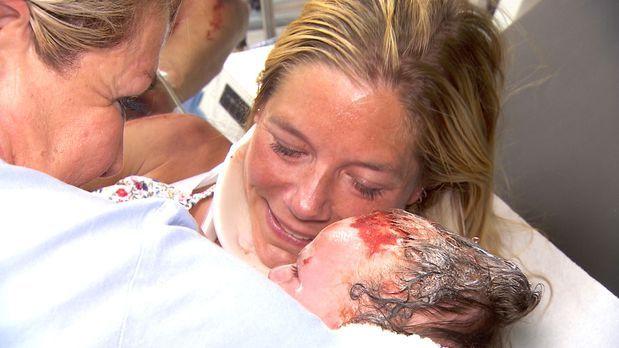 Klinik am Südring - Das größte Geschenk: Die Geburt! - Bildquelle: SAT.1