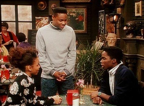 Bill Cosby Show - In der Studentenkneipe stellt Theo (Malcolm-Jamal Warner, M...