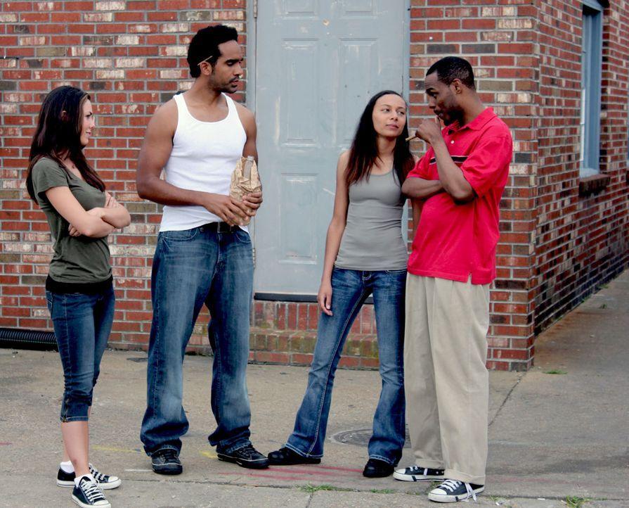 Eine mörderische Gang: John Lewis (r.), Vincent Hubbard (2.v.l.), Robbin Machuca (2.v.r.) und Eileen Huber (l.) ... - Bildquelle: M2 Pictures