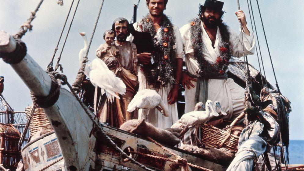 Zwei Missionare - Bildquelle: Tobis Filmkunst
