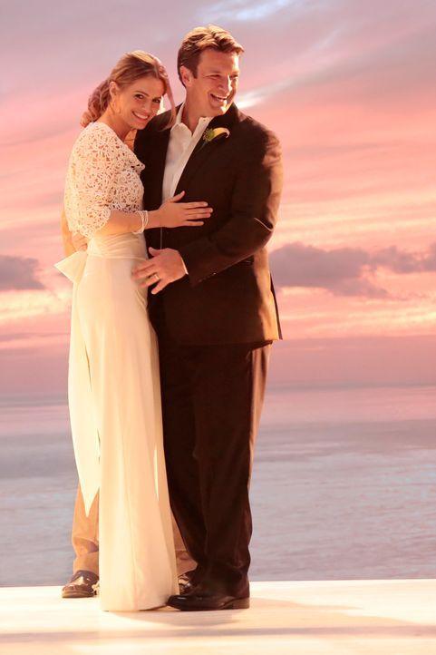 Geben sich endlich das Ja-Wort: Castle (Nathan Fillion, r.) und Beckett (Stana Katic, l.) ... - Bildquelle: ABC Studios
