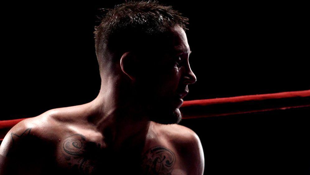 Andy Souwer ist eine Kickbox-Legende - Bildquelle: Getty Images