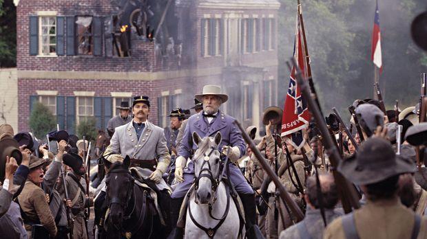 Robert Edward Lee (Robert Duvall, M.) sollte eigentlich das Kommando über die...