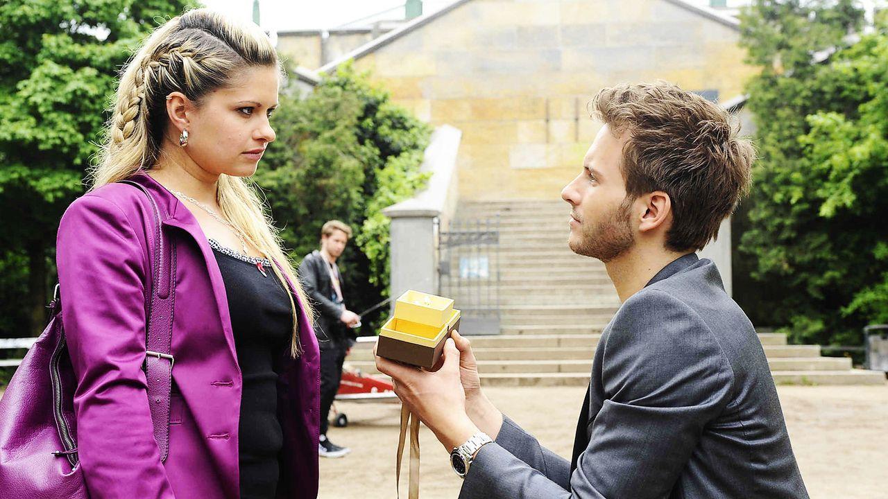 Anna-und-die-Liebe-Folge-496-01-SAT1-Oliver-Ziebe - Bildquelle: Sat.1/Oliver Ziebe