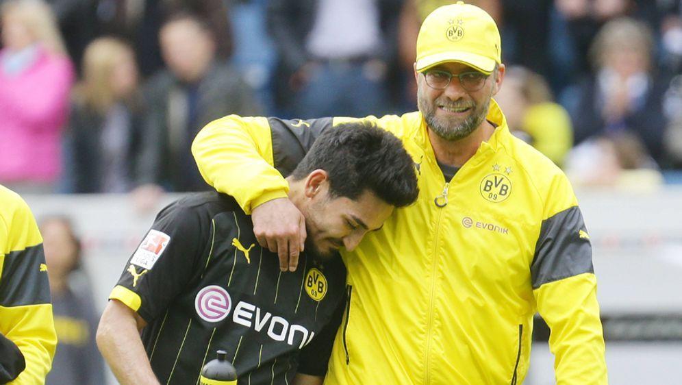 Bei Borussia Dortmund wurde früher nach Siegen feuchtfröhlich gefeiert - Bildquelle: imago/Pressefoto Baumann