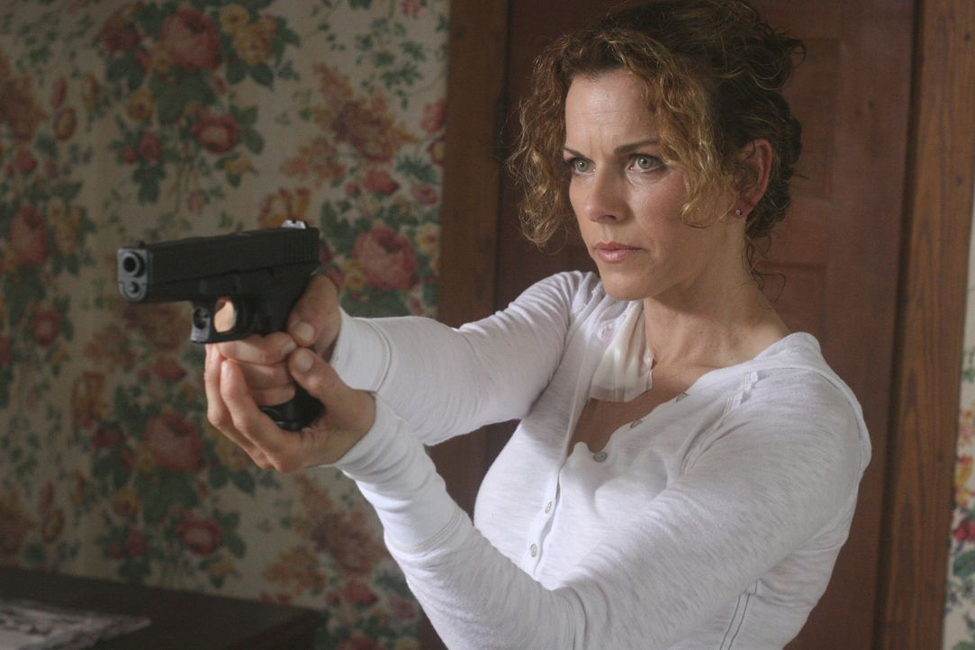 Ahnt nicht, in welch großer Gefahr sie sich befindet: Agent Kate Jensen (Yvette Nipar) ... - Bildquelle: CPT Holdings, Inc. All Rights Reserved