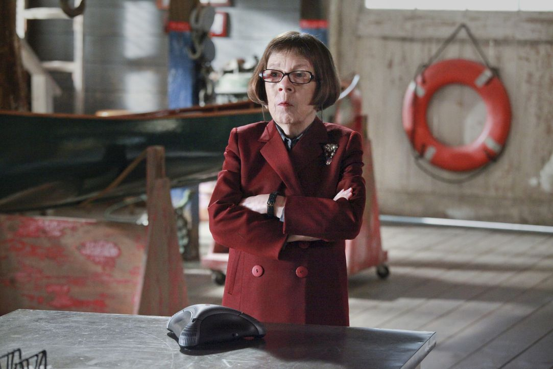 Glaubt sie an Kensis Unschuld? Hetty (Linda Hunt) ... - Bildquelle: CBS Studios Inc. All Rights Reserved.