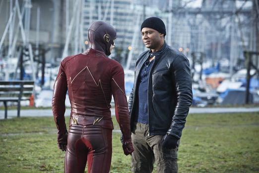 The Flash - Ist es bereits zu spät, als Digs (David Ramsey, r.) nach Central...