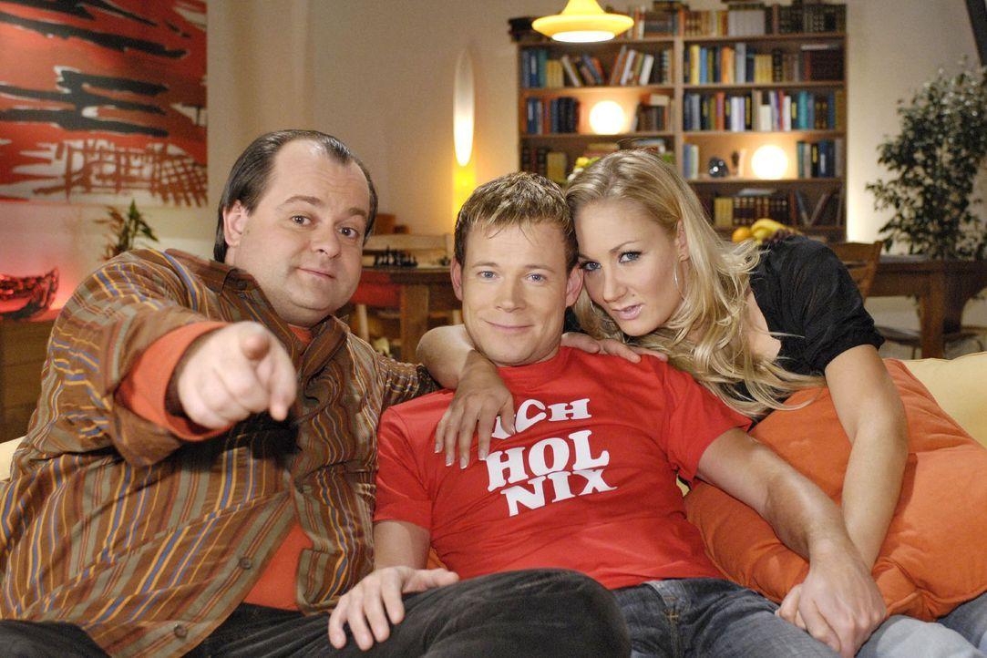 Die Dreisten Drei, mit v.l.n.r.: Markus Majowski, Mathias Schlung und Janine Kunze, von Deutschlands witzigster Comedy-WG gehen mit neuen Folgen an... - Bildquelle: Sat.1