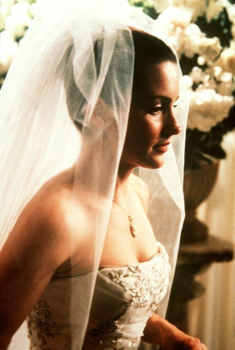 Als Charlotte (Kristin Davis) vor dem Traualtar steht, kommen ihr ernsthafte Zweifel an ihrer Entscheidung. - Bildquelle: Paramount Pictures