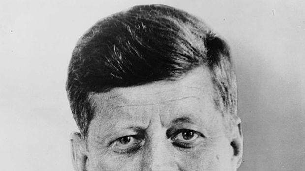 """Mit seinem berühmten Satz """"Ich bin ein Berliner"""" ging J.F. Kennedy..."""