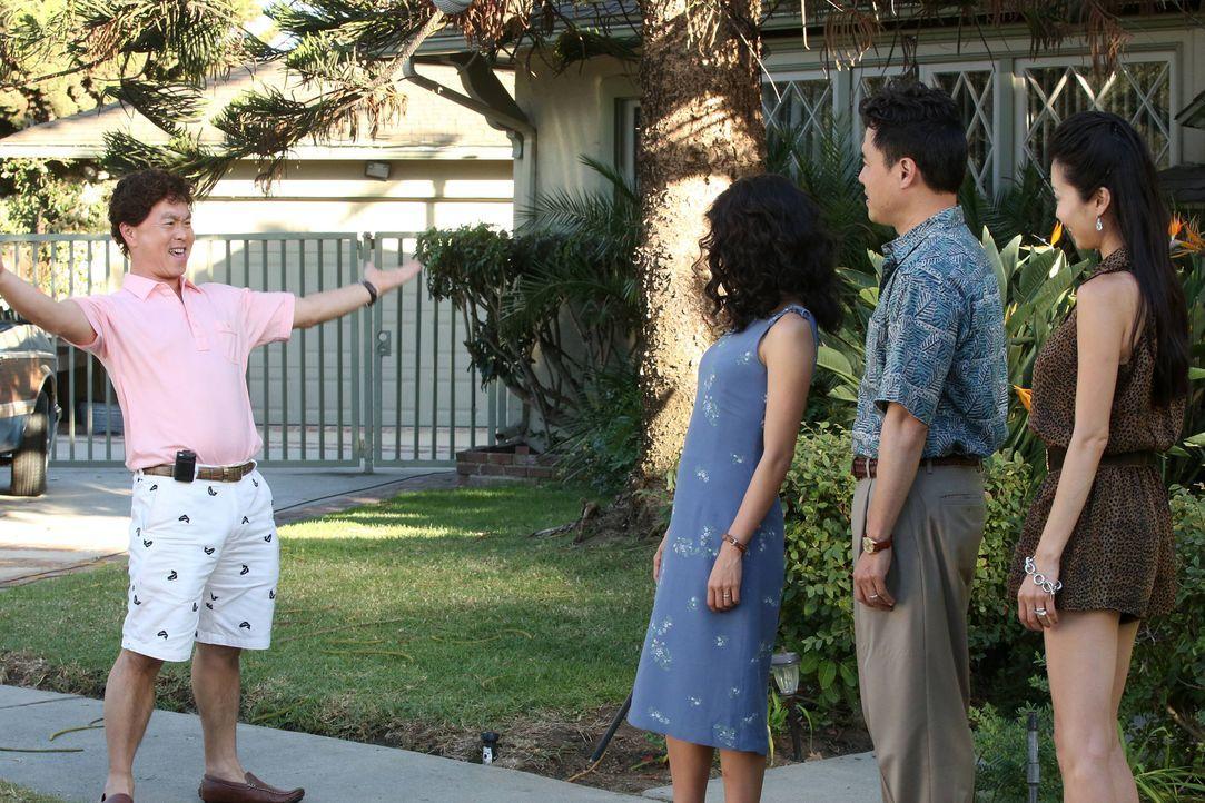 Noch ahnt niemand, dass bald schon die innerfamiliäre Rivalität außer Kontrolle gerät: Jessica (Constance Wu, 2.v.l.), Connie (Susan Park, r.), (Cha... - Bildquelle: 2015 American Broadcasting Companies. All rights reserved.