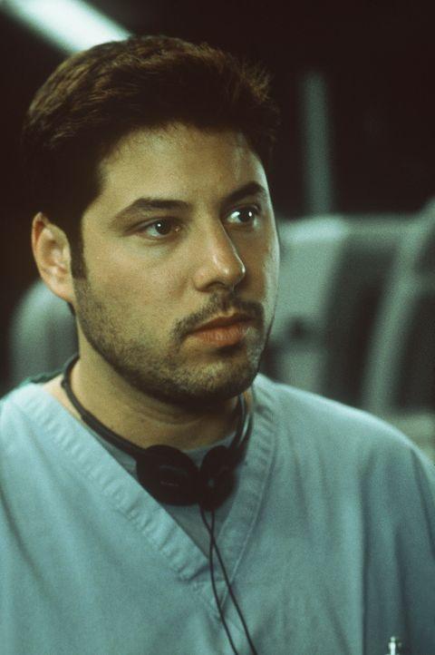 Eines Tages wird der junge Wissenschaftler Carter (Greg Grunberg) in einen folgenreichen Versuch verwickelt ... - Bildquelle: Columbia Pictures