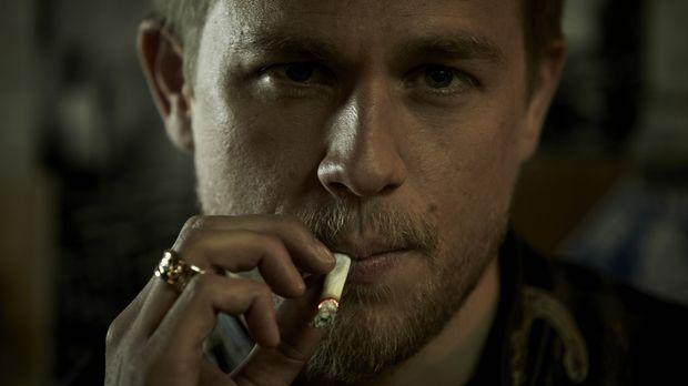 (4. Staffel) - Jax (Charlie Hunnam) trifft eine folgenschwere Entscheidung .....