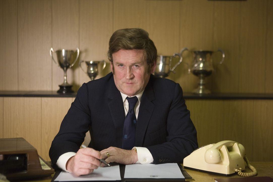 Als erfolgreichster Trainer hat Don Revie (Colm Meaney) es geschafft, sich ein loyales und siegreiches Team zu erschaffen, sehr zum Leidwesen von Br... - Bildquelle: Sony Pictures Television Inc. All Rights Reserved.