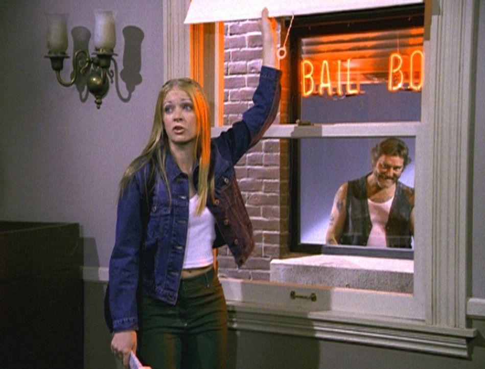 Sabrina (Melissa Joan Hart) will bei ihren Tanten ausziehen und ist auf Wohnungssuche. - Bildquelle: Paramount Pictures