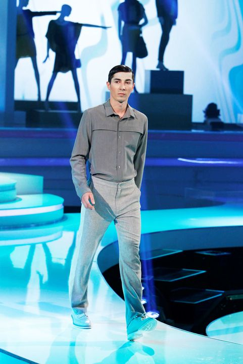 Fashion-Hero-Epi05-Gewinneroutfits-Timm-Suessbrich-Karstadt-05-Richard-Huebner - Bildquelle: Richard Huebner