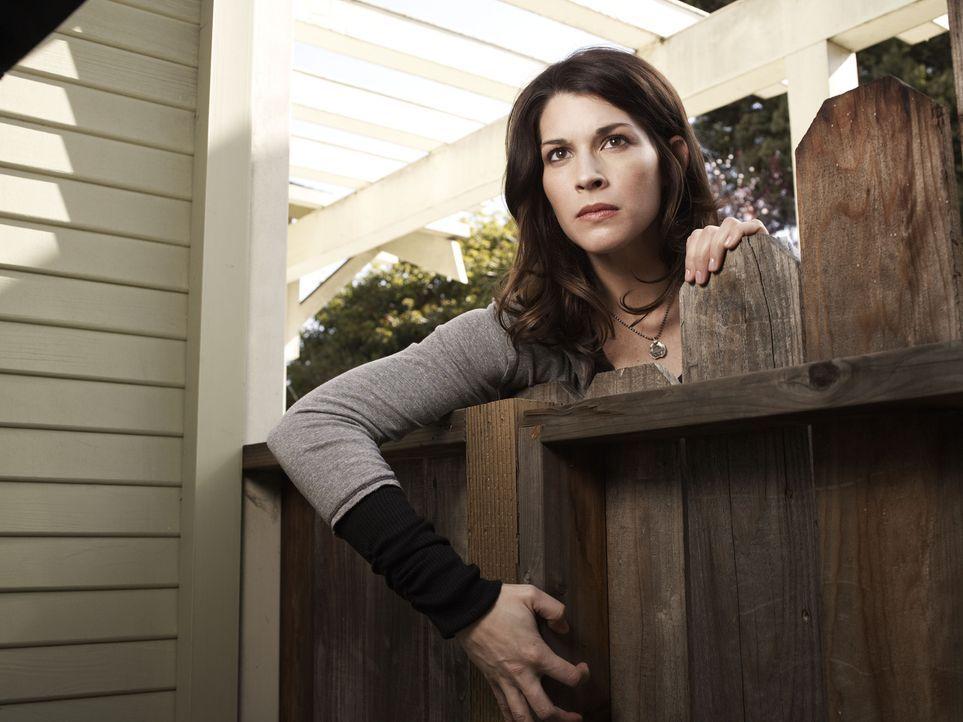 (1. Staffel) - Ryans fürsorgliche Schwester Kristen (Dorian Brown) ... - Bildquelle: 2011 FX Networks, LLC. All rights reserved.