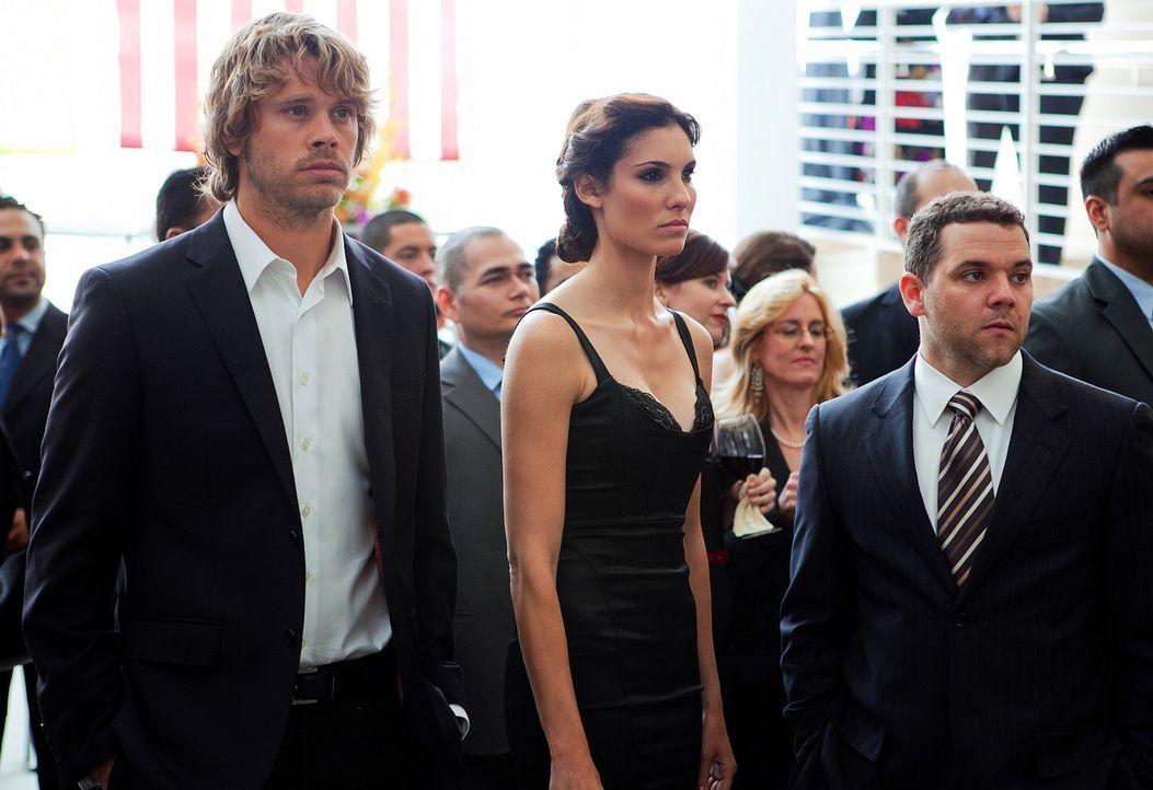 Ermitteln in einem neuen Fall: Deeks (Eric Christian Olsen, l.) und Kensi (Daniela Ruah, M.) ... - Bildquelle: CBS Studios Inc. All Rights Reserved.