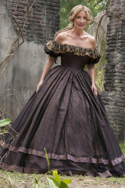 Wer Ist Mrs. Lincoln (Emma Thompson) wirklich? - Bildquelle: 2013 Concorde Filmverleih GmbH