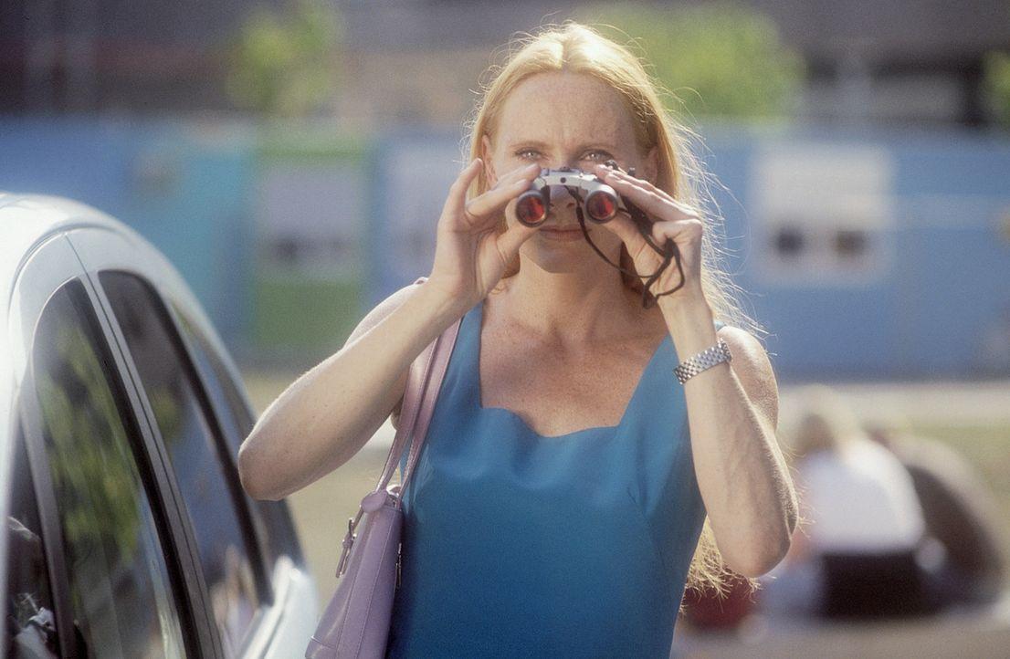 Da Sonja (Andrea Sawatzki) der festen Überzeugung ist, dass alle Männer notorische Lügner und Betrüger sind, versucht sie mit beträchtlichem Ei... - Bildquelle: ProSieben