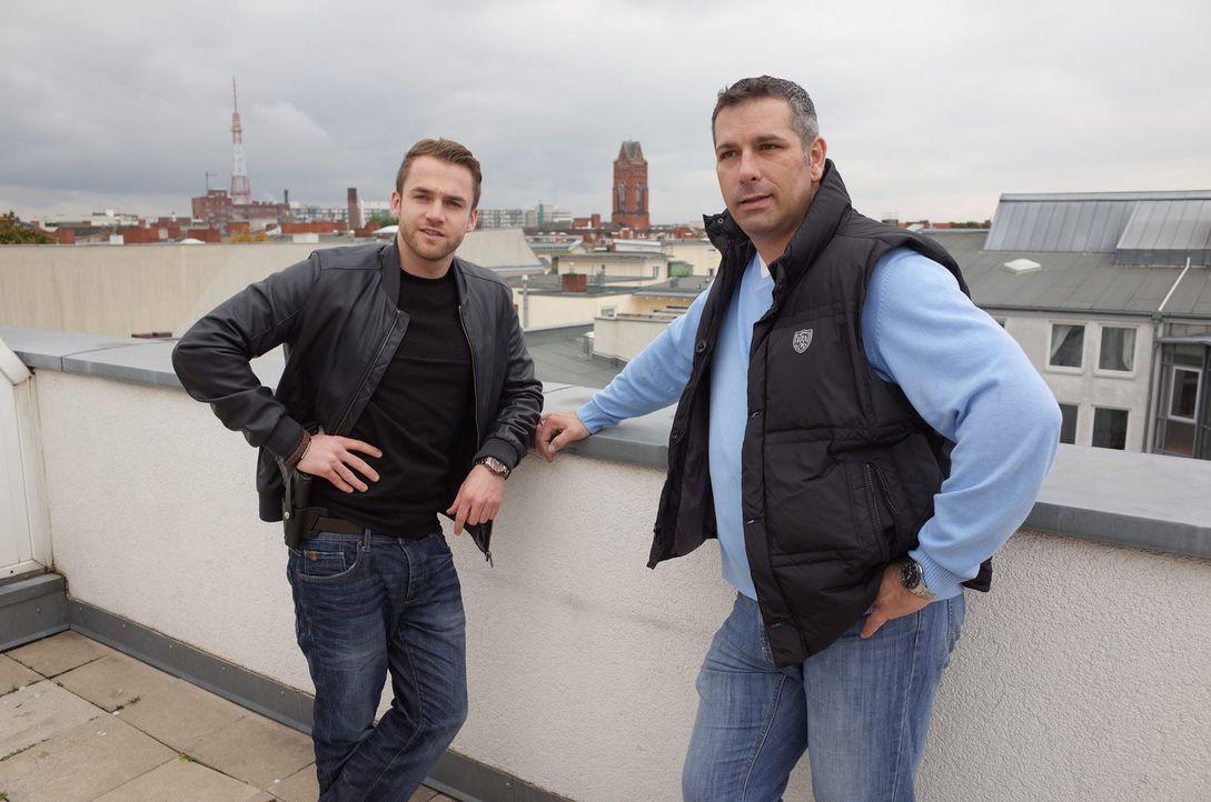 Einsatz Deutschland: Die Kommissare Dirk Menske und Mirko Büring ermitteln in Berlin, um Verbrechen aufzudecken ... - Bildquelle: SAT.1