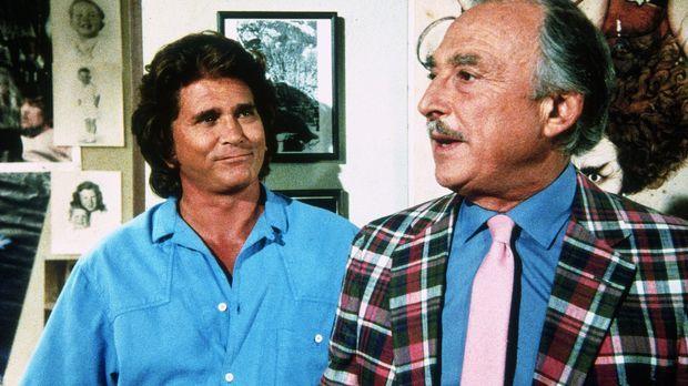 Jonathan (Michael Landon, l.) besucht Vinny (Bill Macy, r.), Cindys Vater, de...