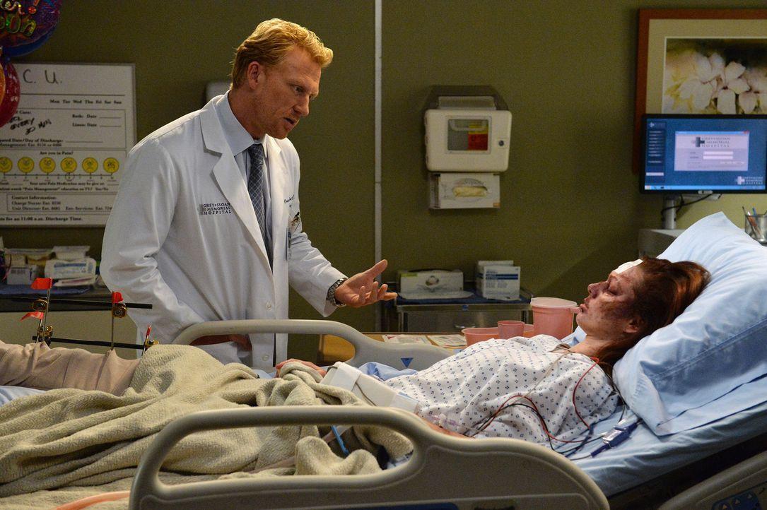 Die Patientin Melissa (Meg Chambers, r.) hat alles verloren, was ihr noch im Leben wichtig war. Owen (Kevin McKidd, l.) möchte ihr helfen ... - Bildquelle: ABC Studios