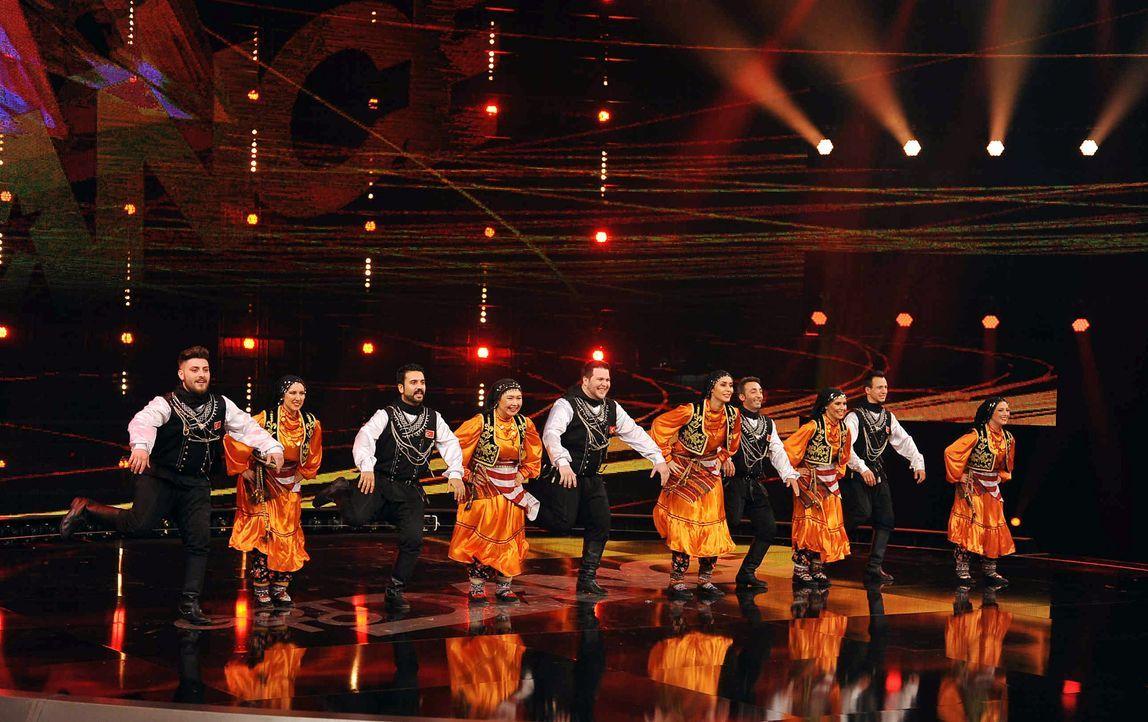 Got-To-Dance-BEM-Folkdance-01-SAT1-ProSieben-Willi-Weber - Bildquelle: SAT.1/ProSieben/Willi Weber